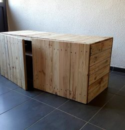 recycled pallet mini cabinet