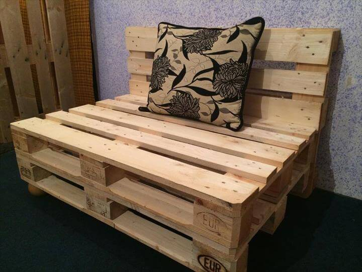 10 Brilliant Pallet Furniture Ideas