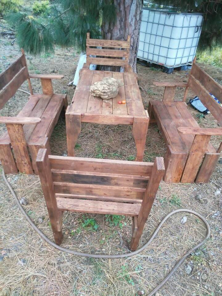 wooden pallet seating set