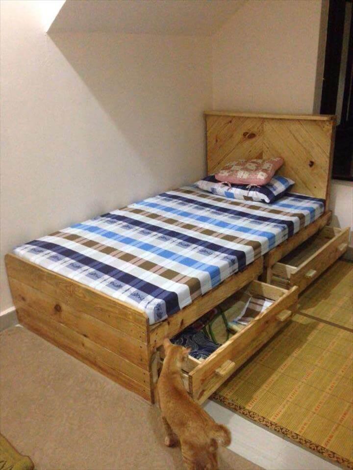 handcrafted pallet toddler bed