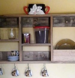 wall hanging pallet tea rack with hooks