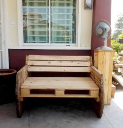 custom wooden pallet and spool bench