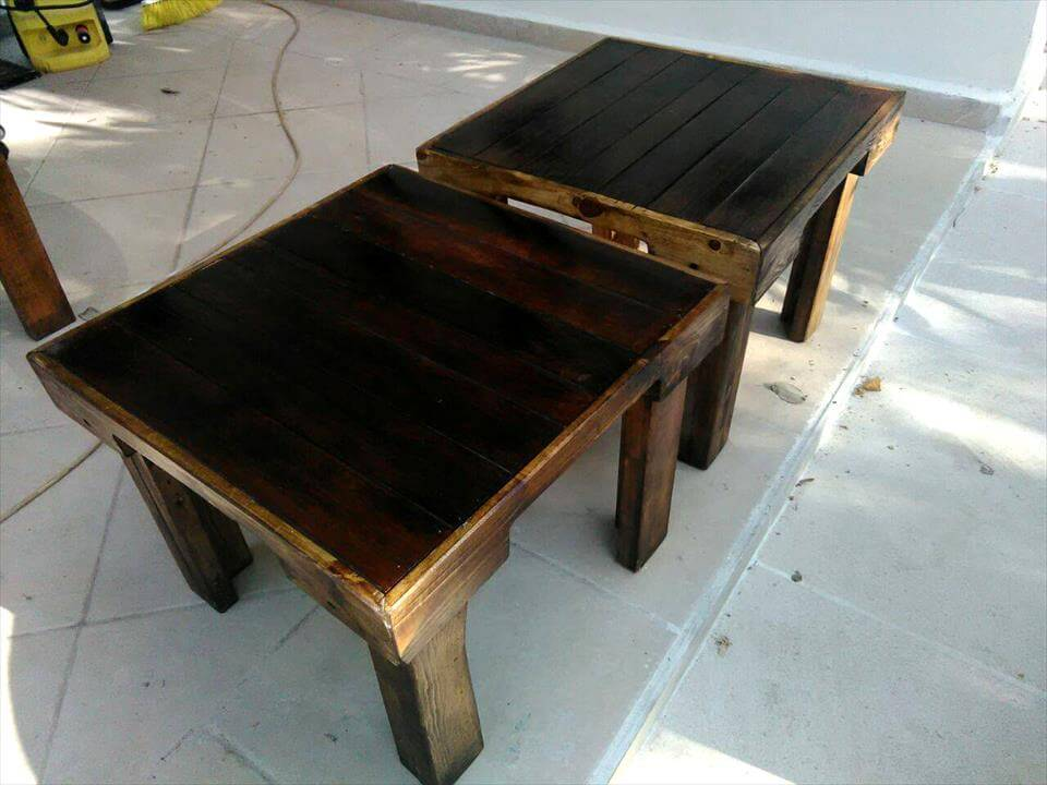 sleek pallet pair of mini tables