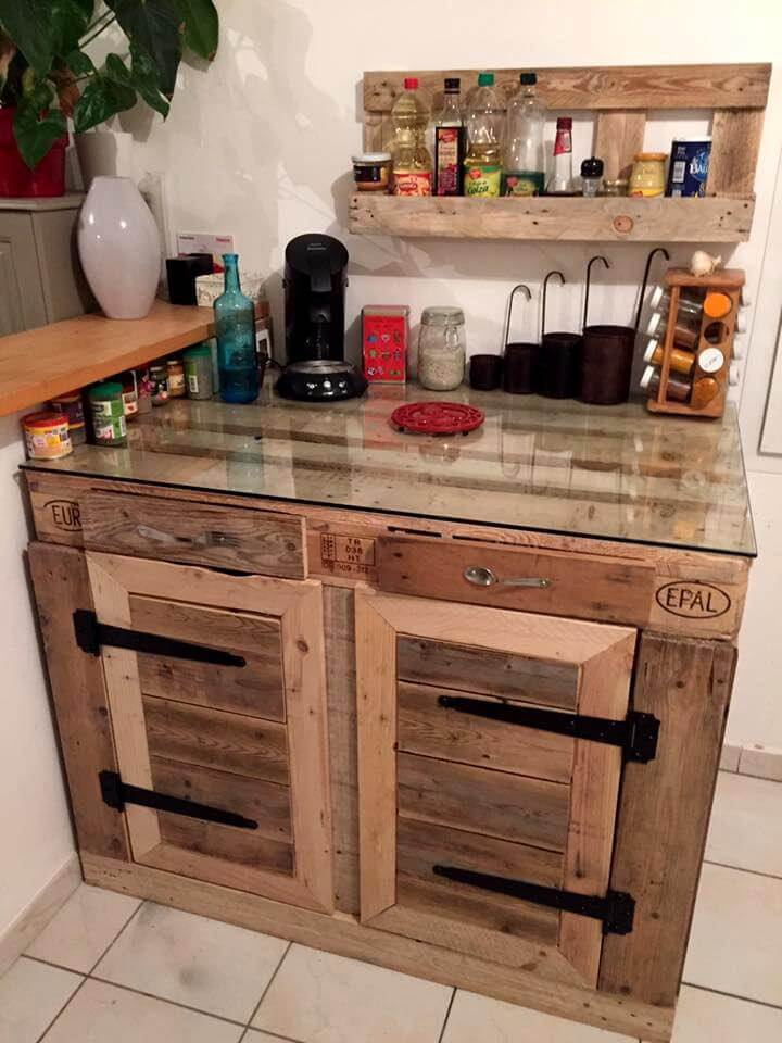 70 pallet ideas for home decor pallet furniture diy for Diy kitchen cabinets