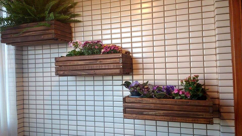 handmade pallet wall hanging planters