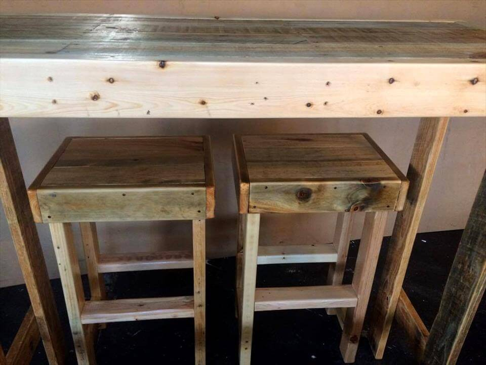 wooden pallet bar furniture or lunch bar set