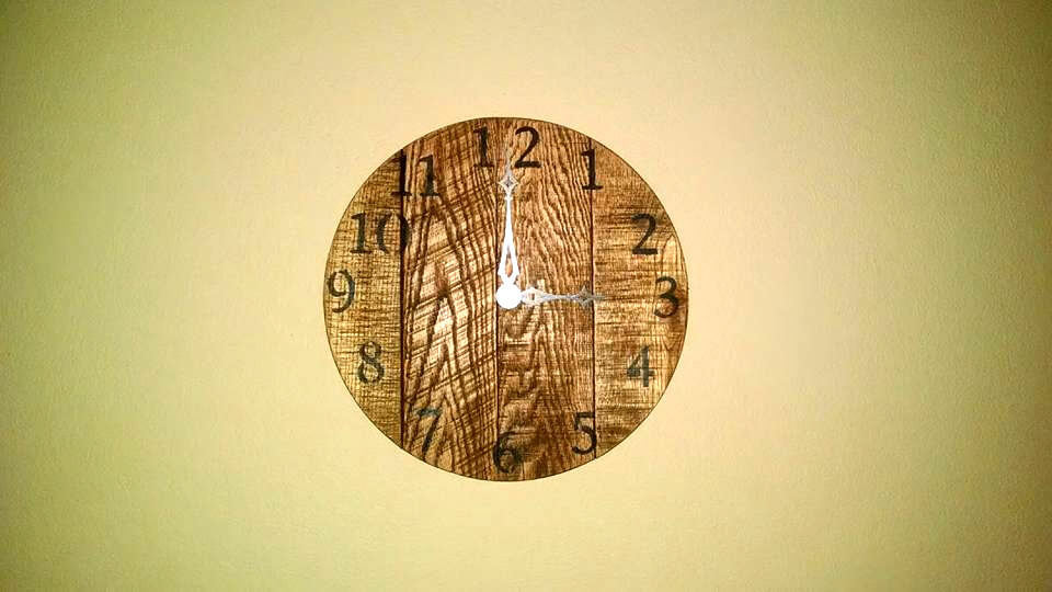handcrafted wooden pallet wall clock