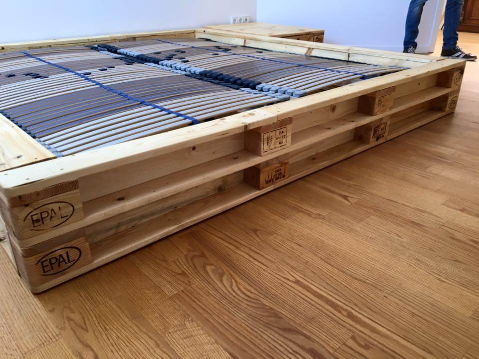 ... with pallets if need to clone this bed for your newly built bedroom