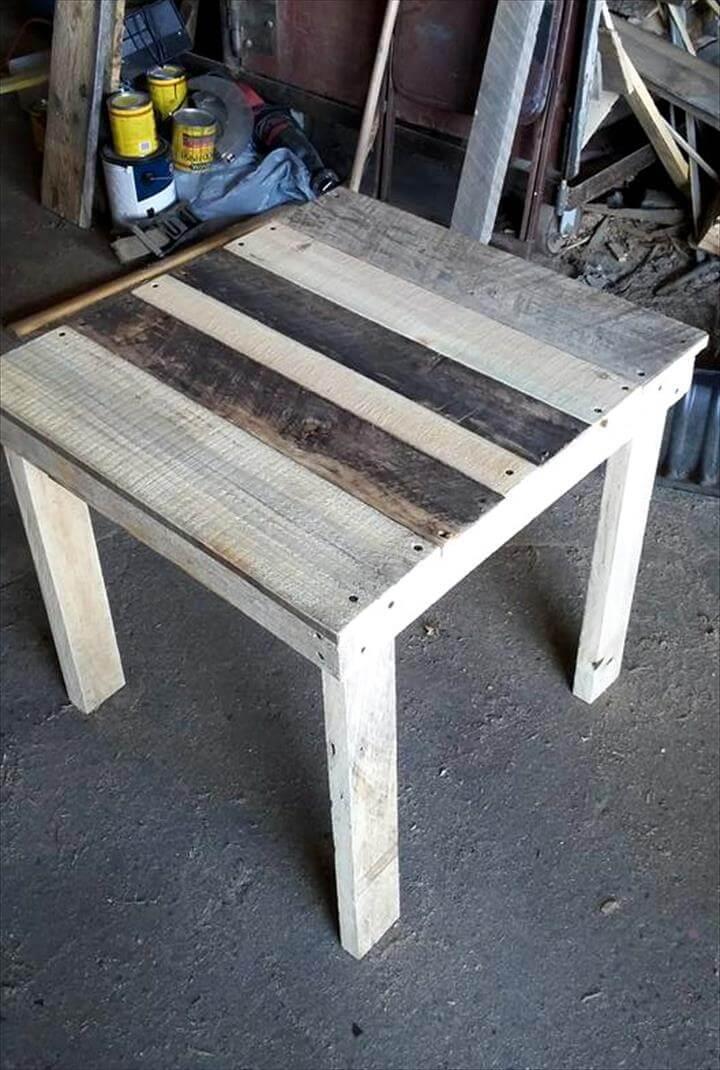 rustic pallet end table or side table pallet furniture diy. Black Bedroom Furniture Sets. Home Design Ideas