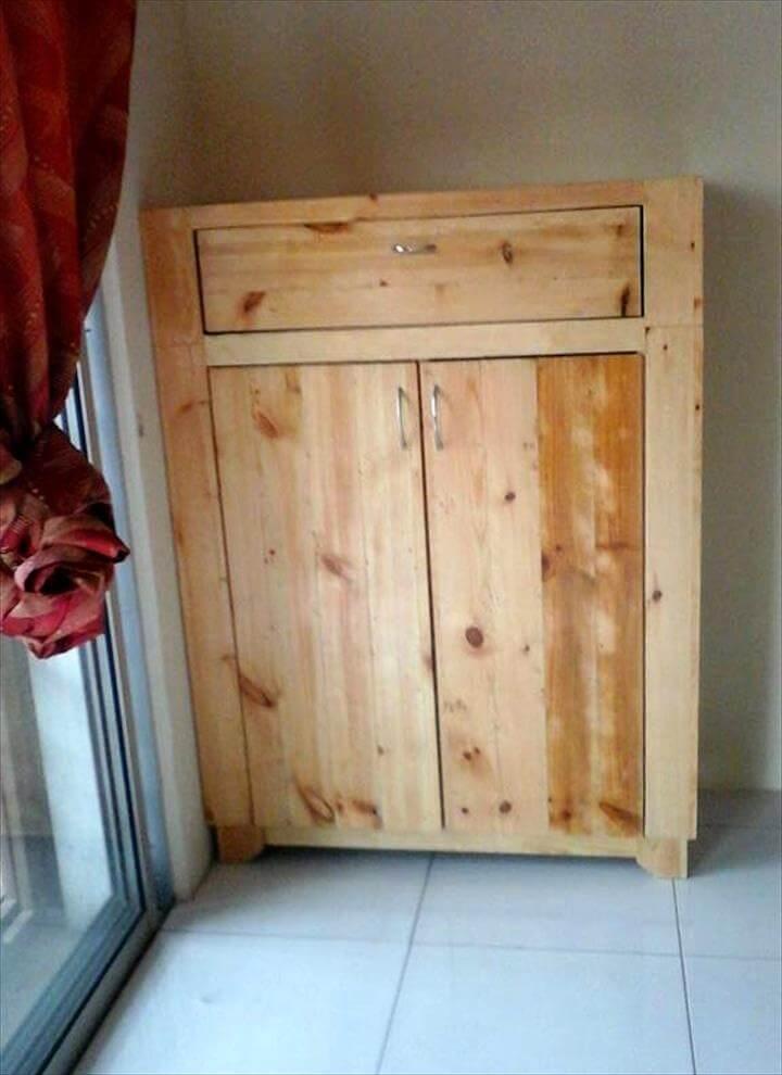 Pallet Cabinet For Storage Pallet Furniture Diy