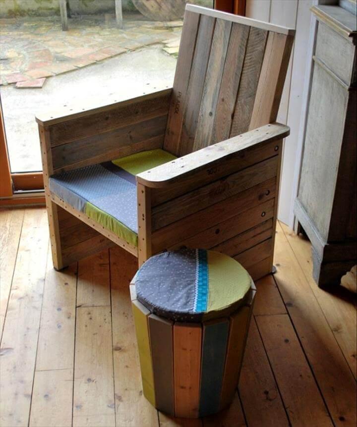 25 renowned pallet projects ideas pallet furniture - Plan fauteuil en palette de bois ...