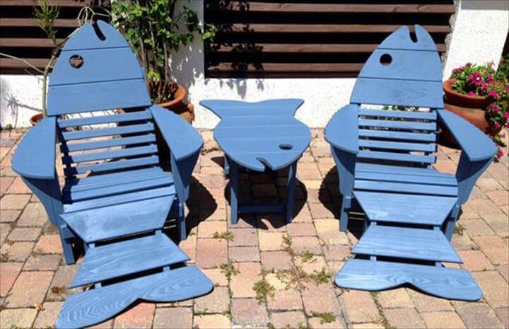 cool aqua painted pallet Adirondack fish chairs