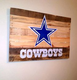 recycled pallet bedroom star wall accent