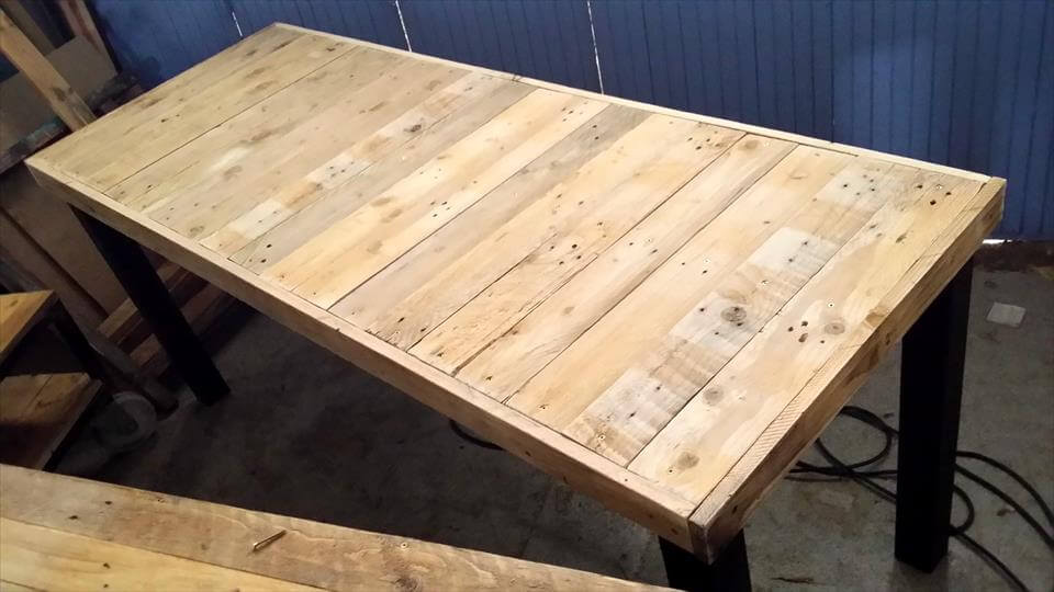 no-cost pallet large table