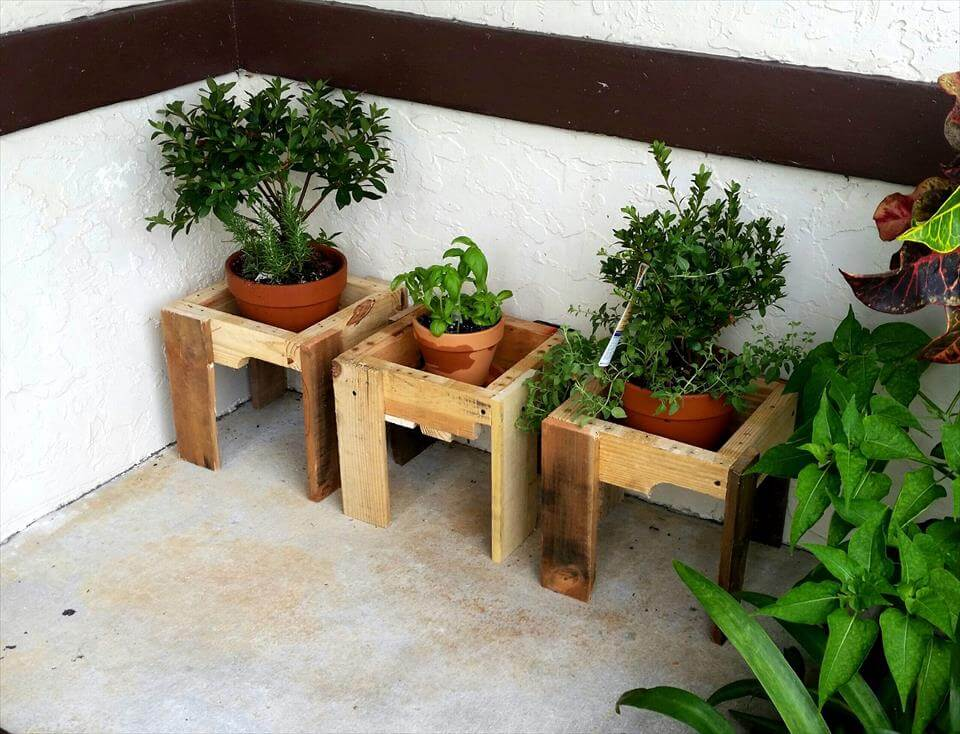 custom wooden pallet vase stands or pot holders
