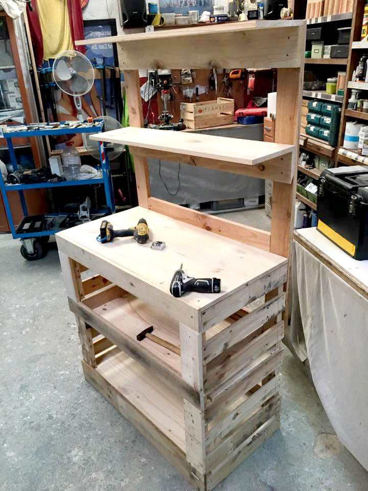 fitting of pallet potting bench