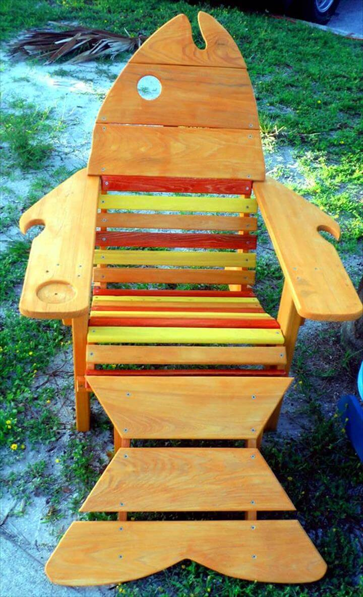 multicolor pallet cool fish pallet Adirondack chair idea