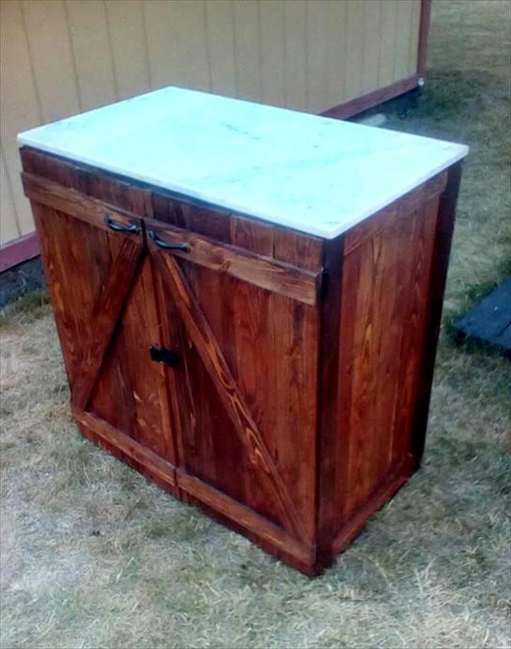 wooden pallet BBQ station