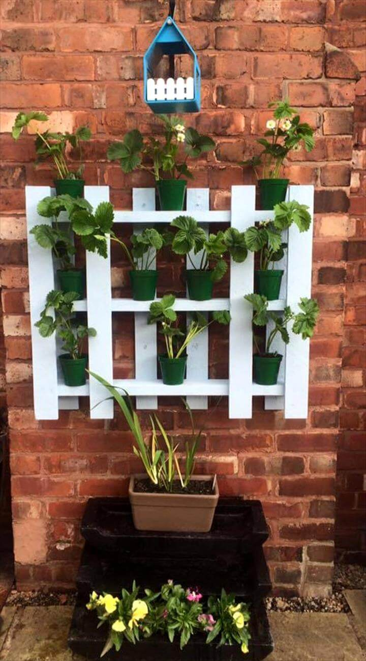 25 renowned pallet projects ideas pallet furniture for White painted pallets