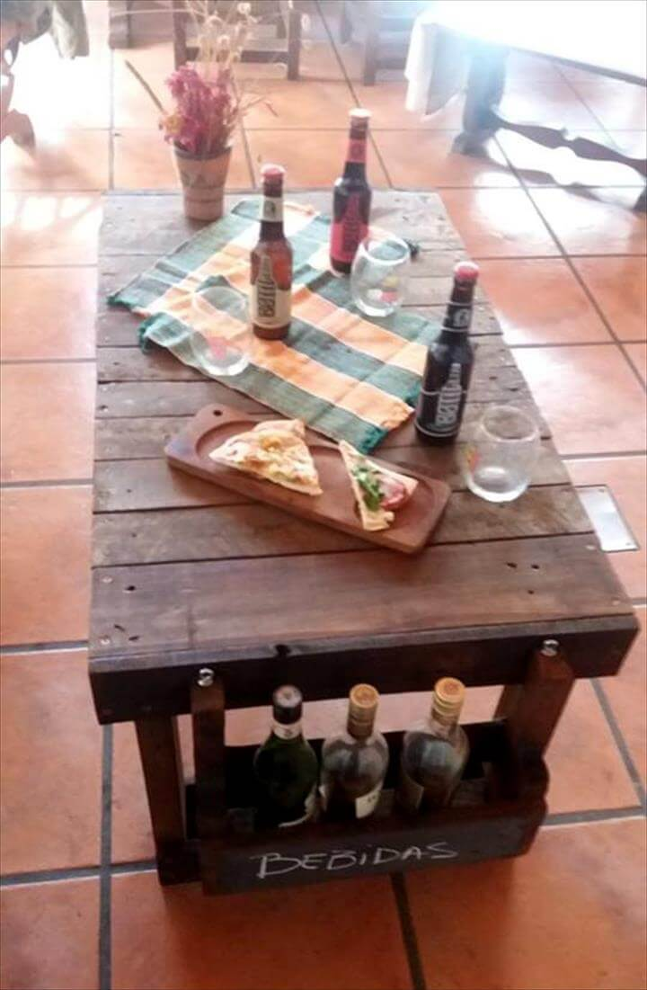pallet party table with beverage bottle rack