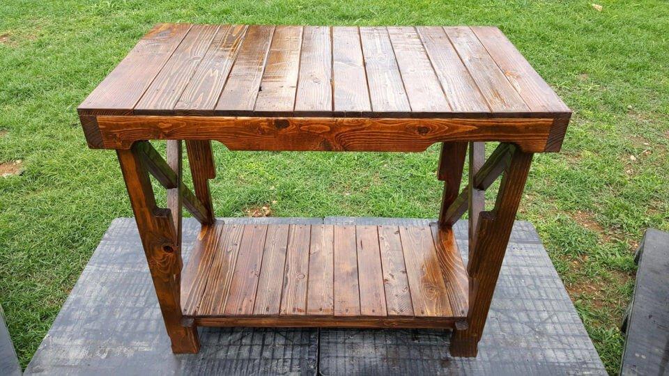 handmade wooden pallet sleek table