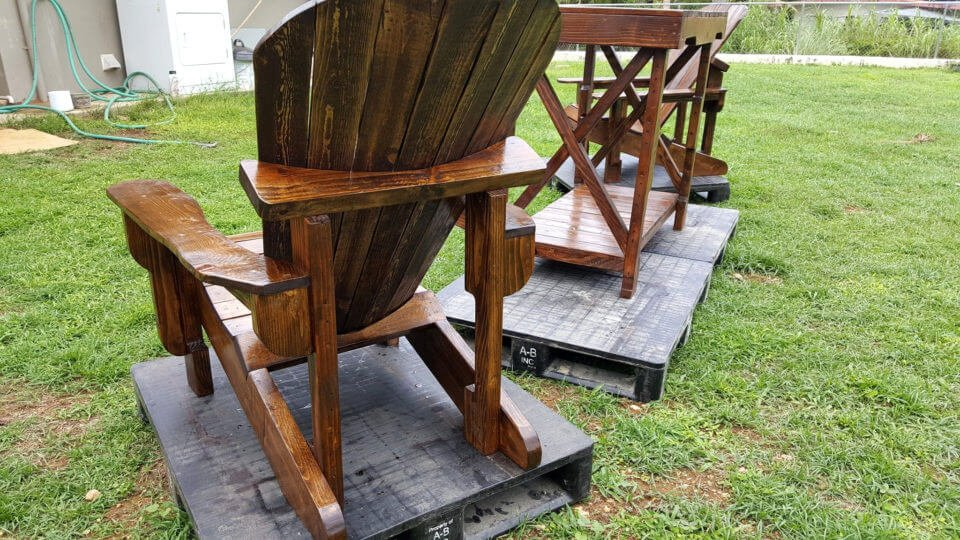 wooden pallet Adirondack chairs