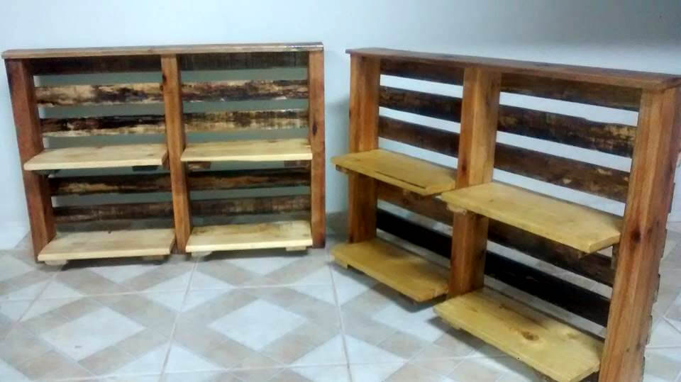 vertical pallet shelves for books