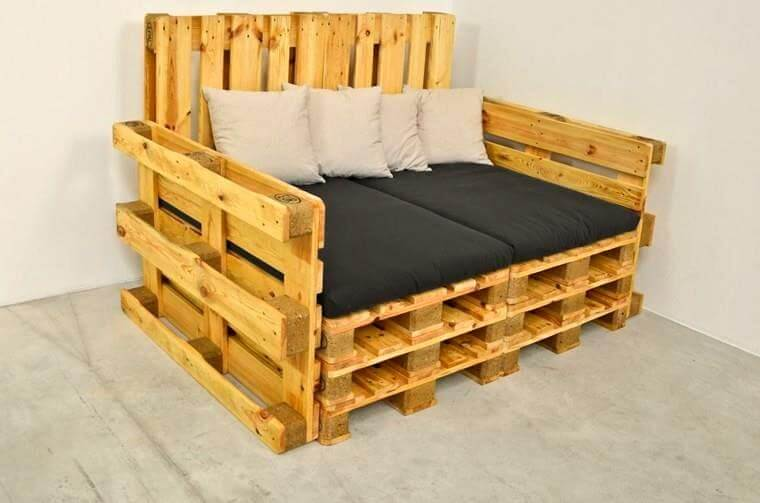 Pallet Sofas Arm And Sectional Pallet Furniture Diy