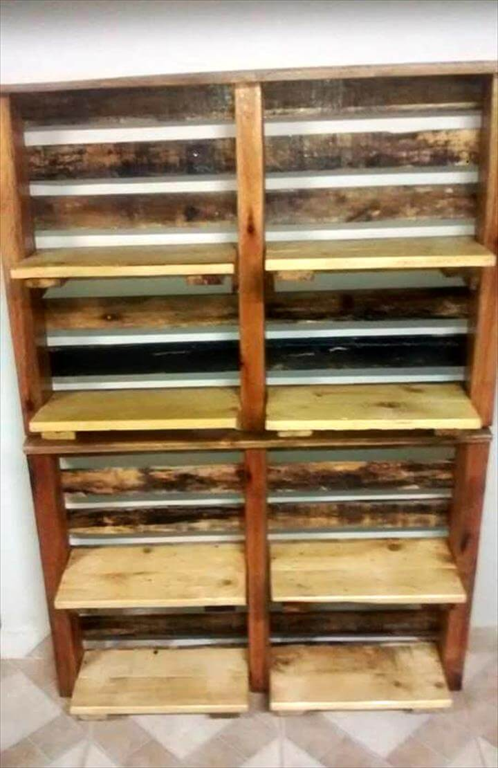 recycled pallet vertical shelves