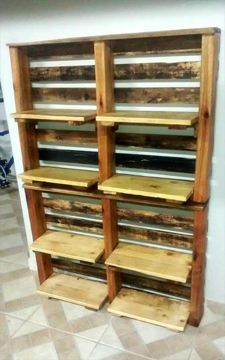 no-cost pallet vertical wooden shelves