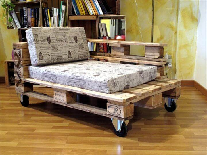 Up-cycled pallet lounger