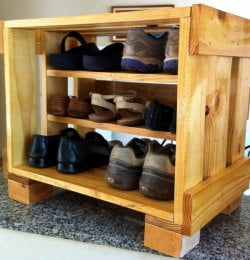 repurposed wooden pallet shoes rack