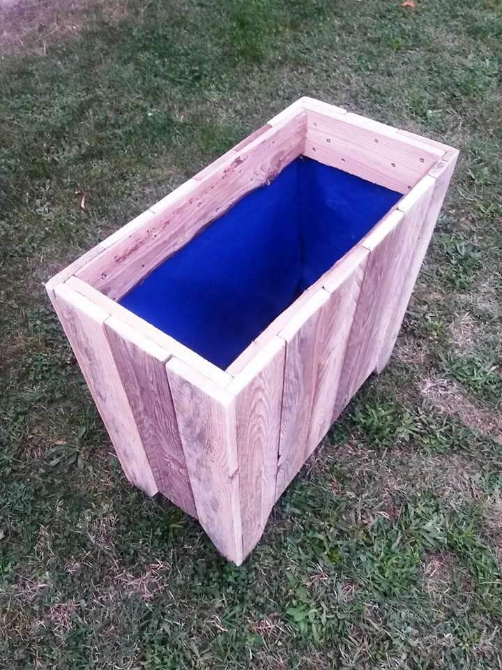 recycled pallet garbage bin or planter box