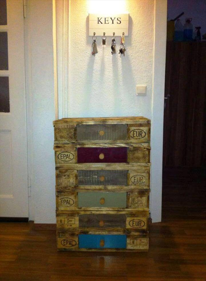 pallet key organizer and chest of drawers