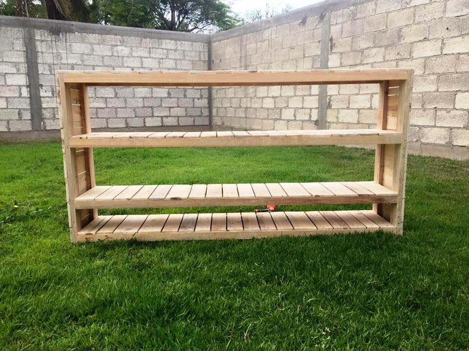 self-made pallet console or shelving unit