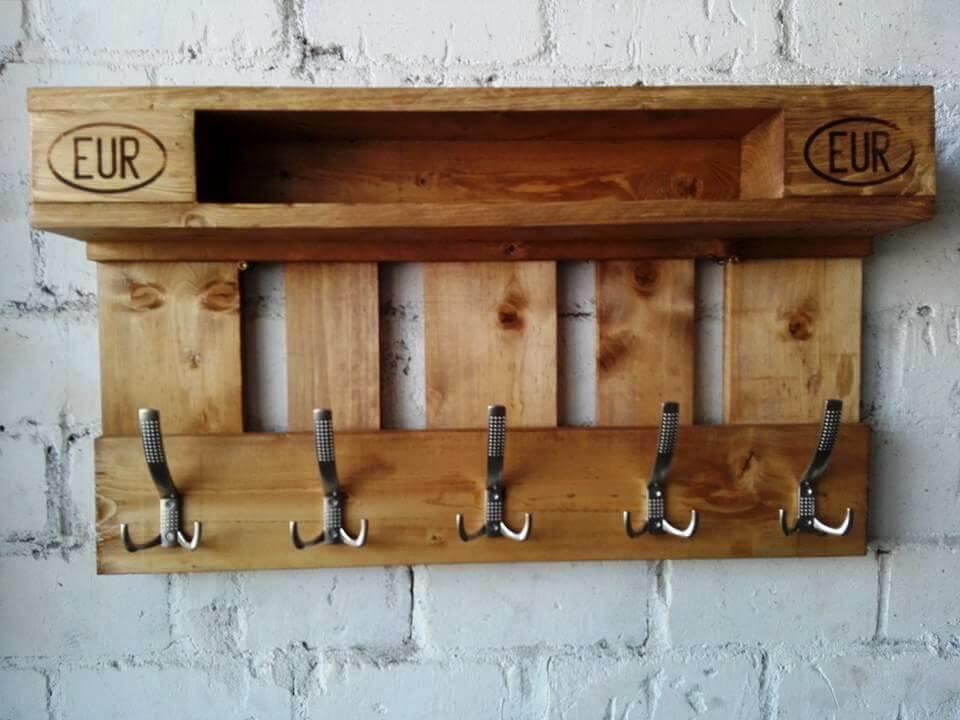 DIY Wood Pallet Coat Rack With Shelf Furniture