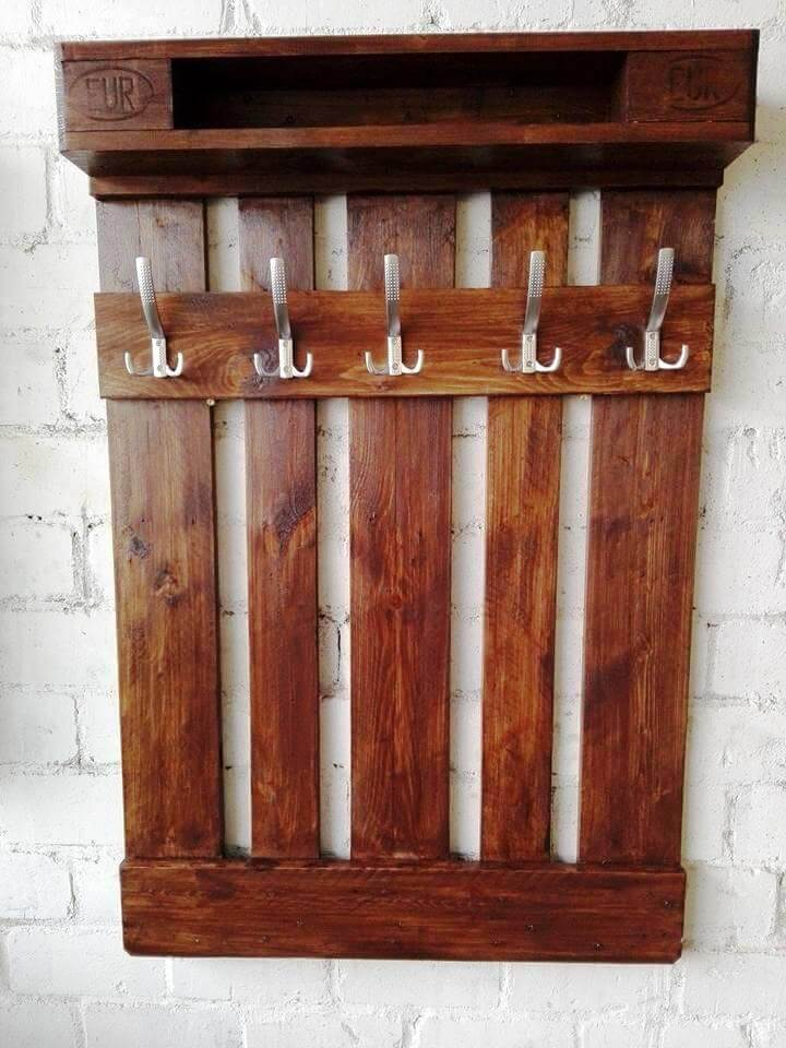 awesome pallet coat rack